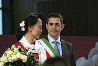 Foto Aung San Suu Kyi a Parma - 2013 Aung_San_Suu_Kyi_037