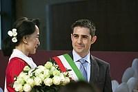 Foto Aung San Suu Kyi a Parma - 2013 Aung_San_Suu_Kyi_038