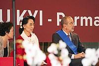 Foto Aung San Suu Kyi a Parma - 2013 Aung_San_Suu_Kyi_056