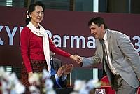 Foto Aung San Suu Kyi a Parma - 2013 Aung_San_Suu_Kyi_084