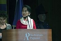Foto Aung San Suu Kyi a Parma - 2013 Aung_San_Suu_Kyi_117