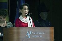 Foto Aung San Suu Kyi a Parma - 2013 Aung_San_Suu_Kyi_119