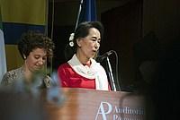 Foto Aung San Suu Kyi a Parma - 2013 Aung_San_Suu_Kyi_126