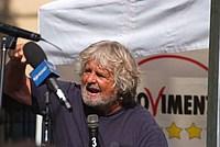 Foto Beppe Grillo - Parma 2012 Beppe_Grillo_2012_100