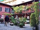 Foto Milano - Fiera dei fiori 2004 007 Cortile interno