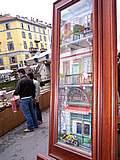Foto Milano - Fiera dei fiori 2004 014 Quadro di casa di ringhiera