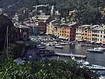 Foto Portofino e Santa Margherita Piazzetta di Portofino verso il Castello